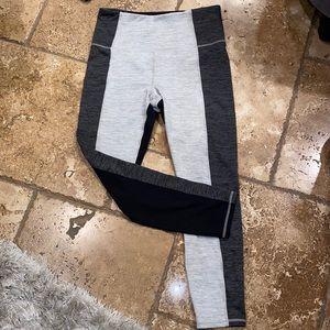 GAIAM color lock leggings black gray large